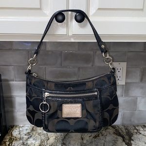 Coach Poppy Signature Groovy Shoulder Bag 14562